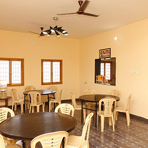 Ladies hostel with cheap and best price in Coimbatore near Kovaipudur Kuniyamuthur